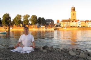 lesgeld bij Yoga door Berry Steenbruggen
