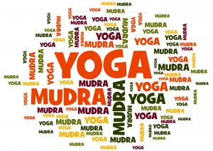 mantra en mudra yoga