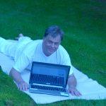 social media yoga